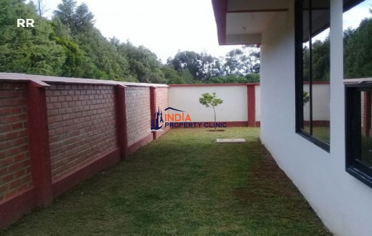 House For Sale in Trojes