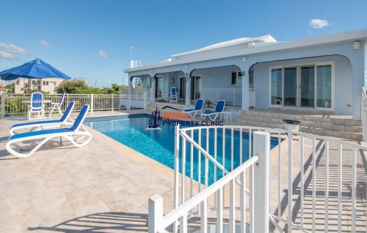 3 Bedroom Home  for Sale in Meads Bay