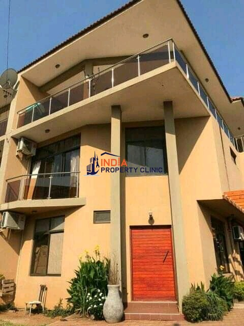 4 bedroom House For Sale in Triunfo Maputo