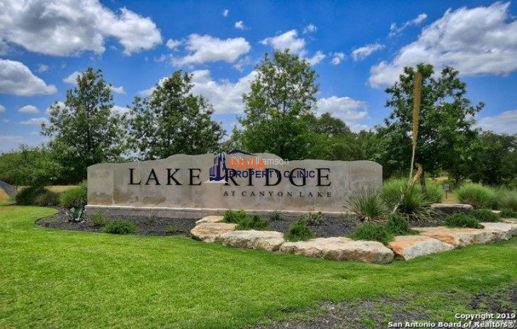 1.04 acres Land for sale in Canyon Lake