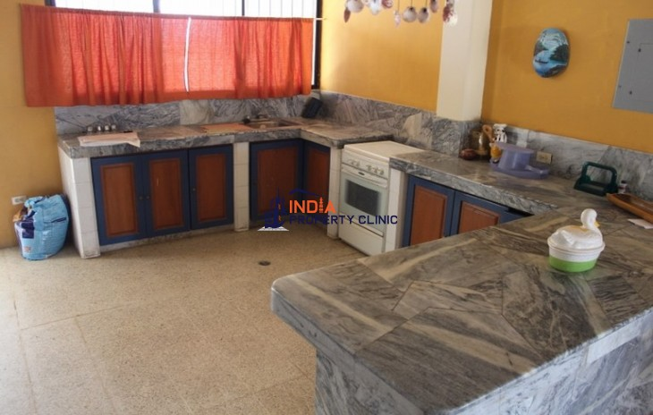 Residential House For Sale in Punta Blanca