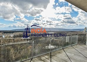 Apartment For Sale in Vincenta Hložníka