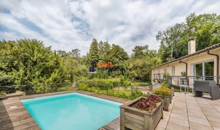House For Sale in Reyrieux
