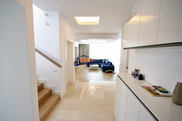 House for sale in Otopeni