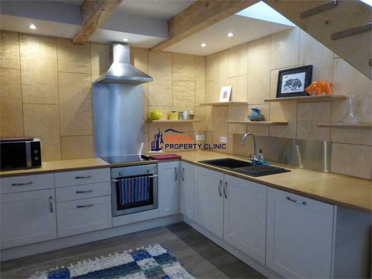 House For Sale in Ceret