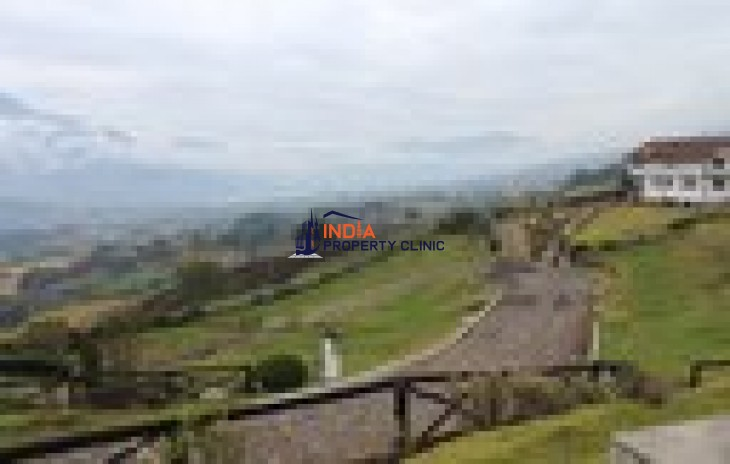Residential House For Sale in Otavalo