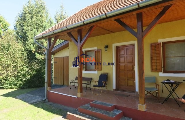 Detached House For Sale in Magyarföld