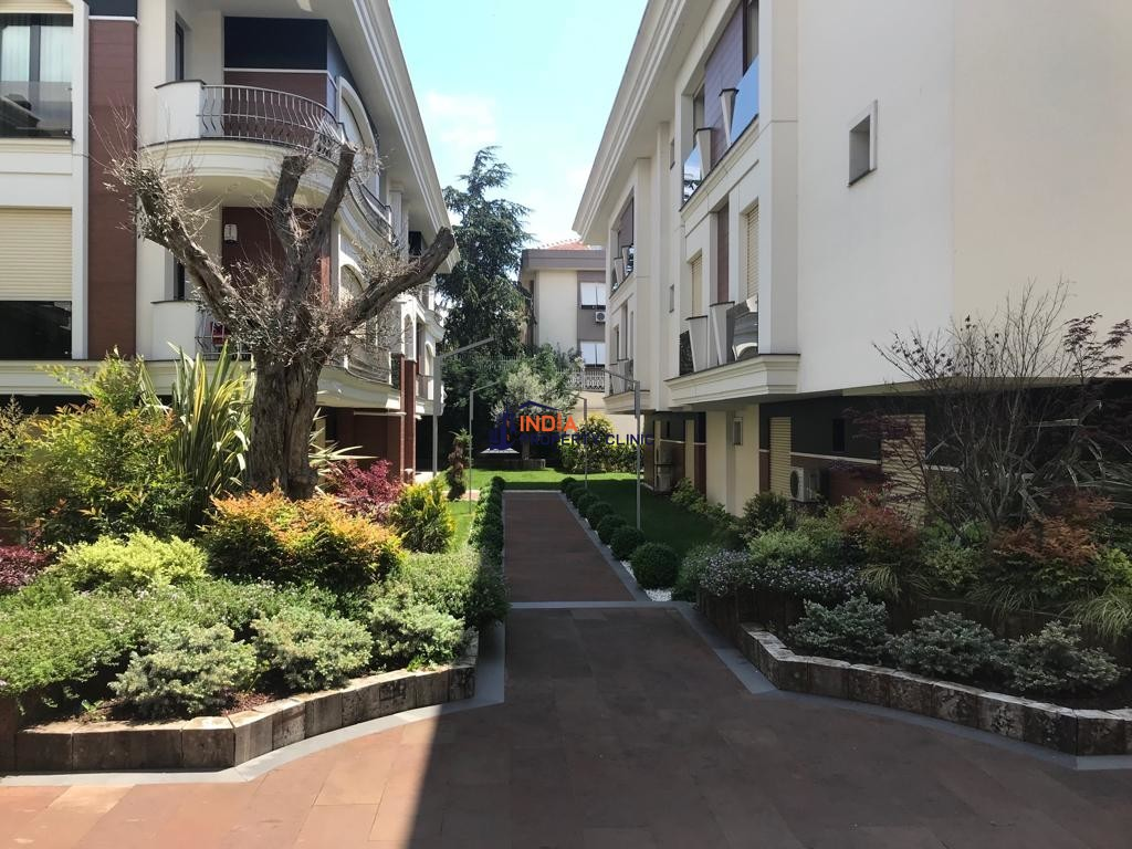 6 room luxury Apartment for sale in Florya