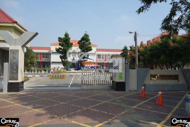 1,900 m2 Land For Sale in Gangshan