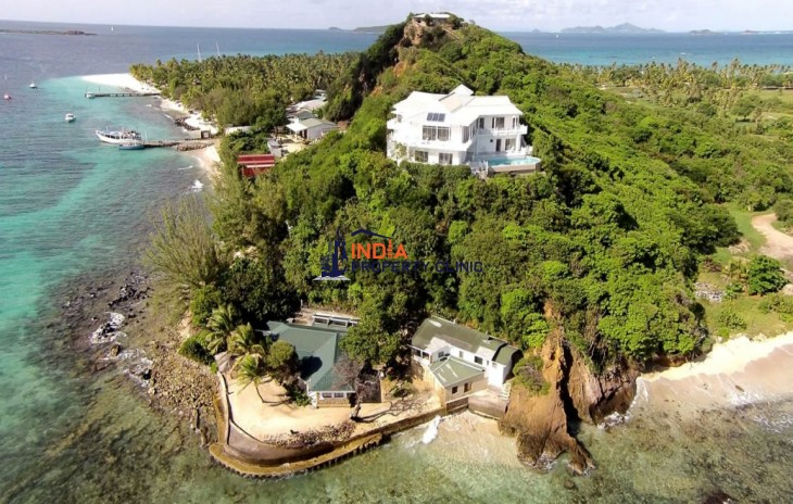 9 Bedroom Villa for Sale in Palm Island