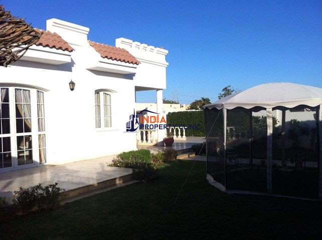 Villa For Sale in Rowaysat
