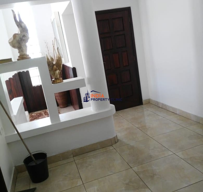Super 3 Bedroom House For Sale in Avenida Tomás Nduda, Baixa, Polana