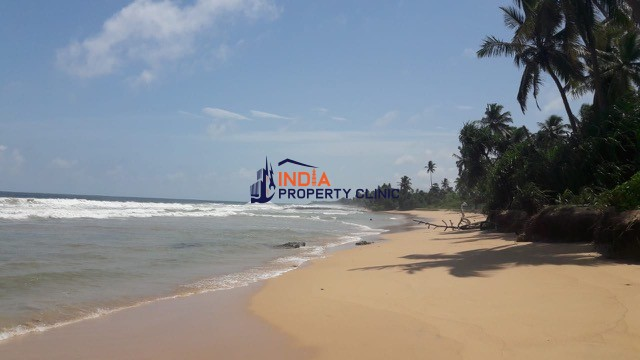 Beachfront  Land For Sale in Kosgoda