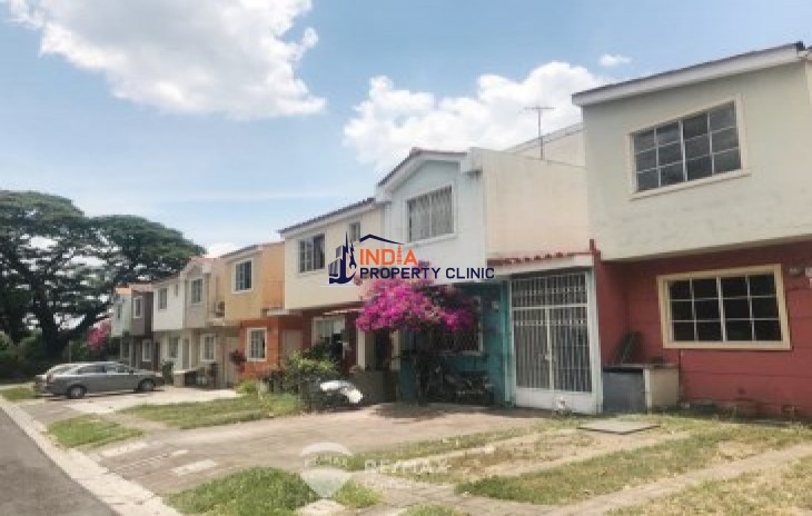 Beautiful House For Sale In Las Arboledas Jacarandas I Stage