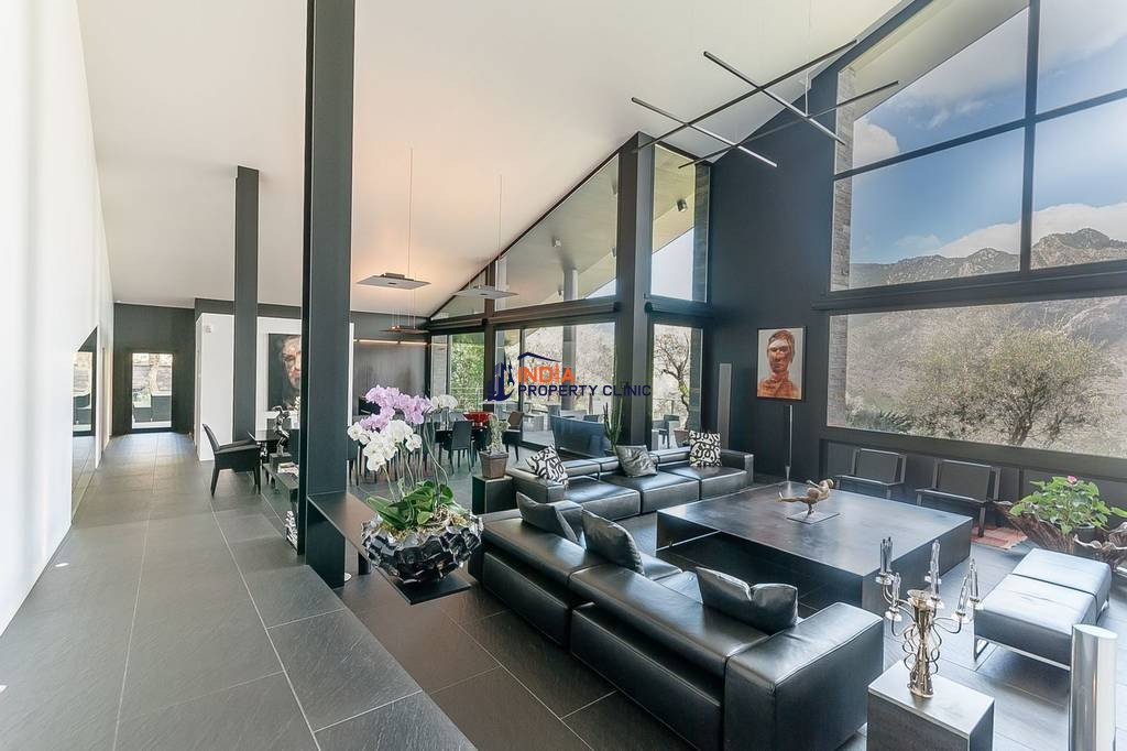 6 bedroom luxury Detached House for sale in Aixirivall