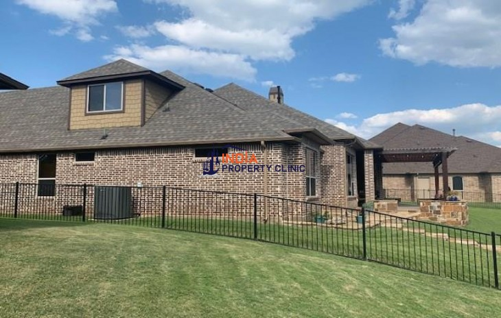 4 bedroom Family  Home For Sale in Granbury