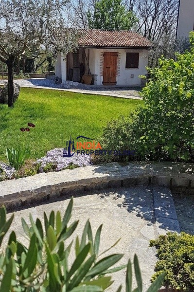 House For Sale in Opatje Selo