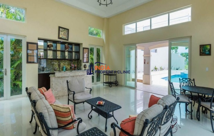 4 Bedroom House for Sale in Dorado Beach