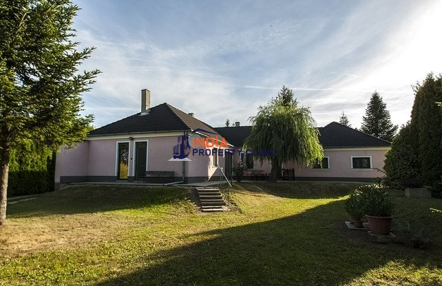 House For Sale in Vassurány
