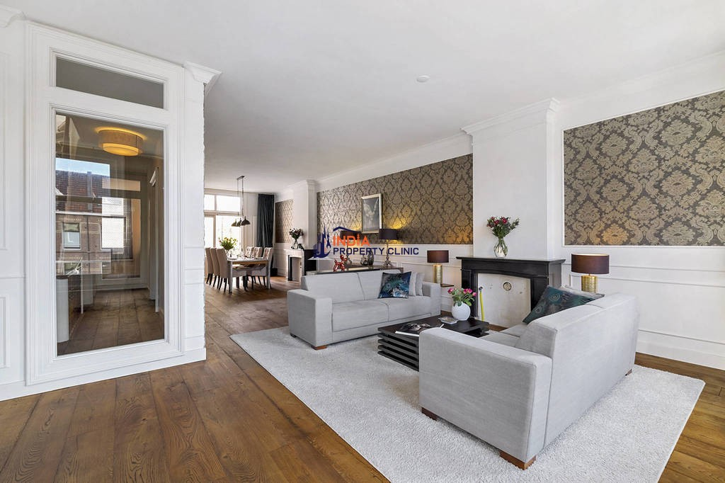 4 room house for sale in Amsterdam