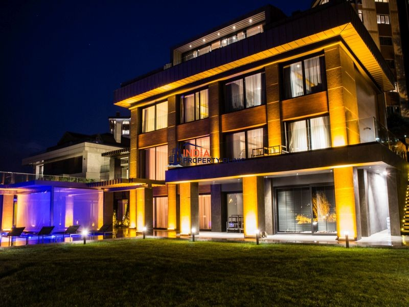 9 room luxury Villa for sale in Istanbul