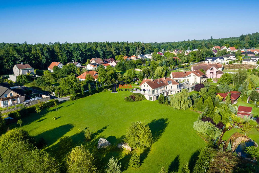 7 bedroom luxury Detached House for sale in Lány