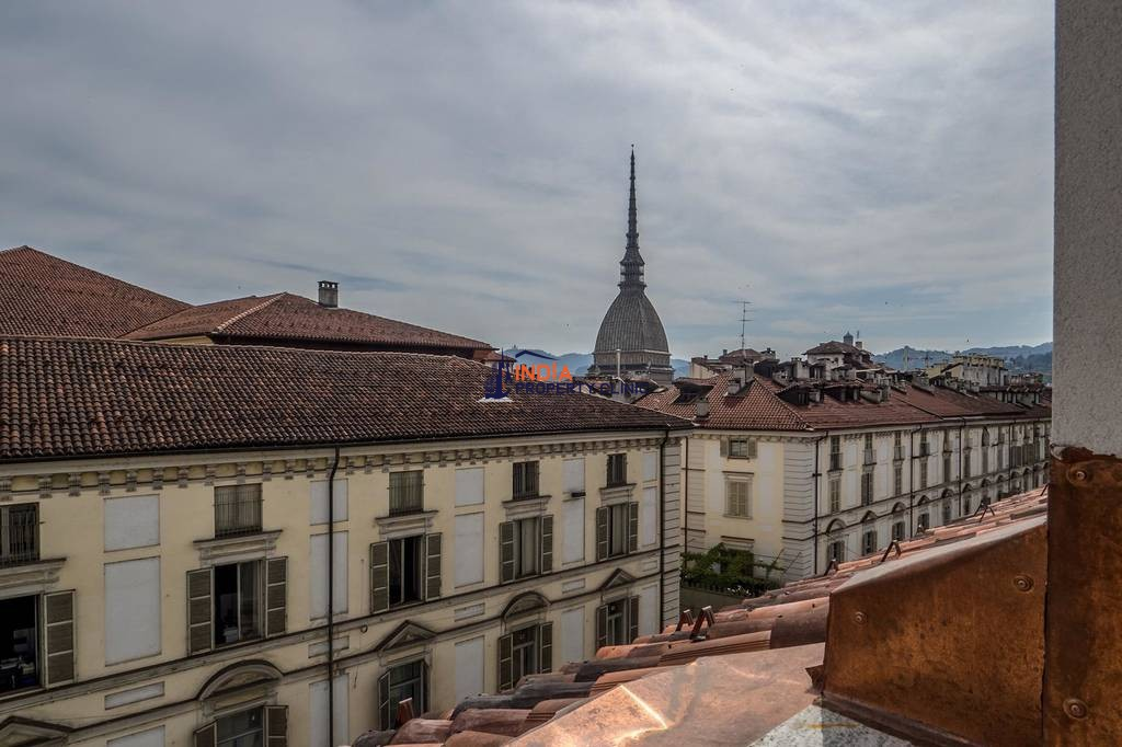 3 room Flat for sale in Turin