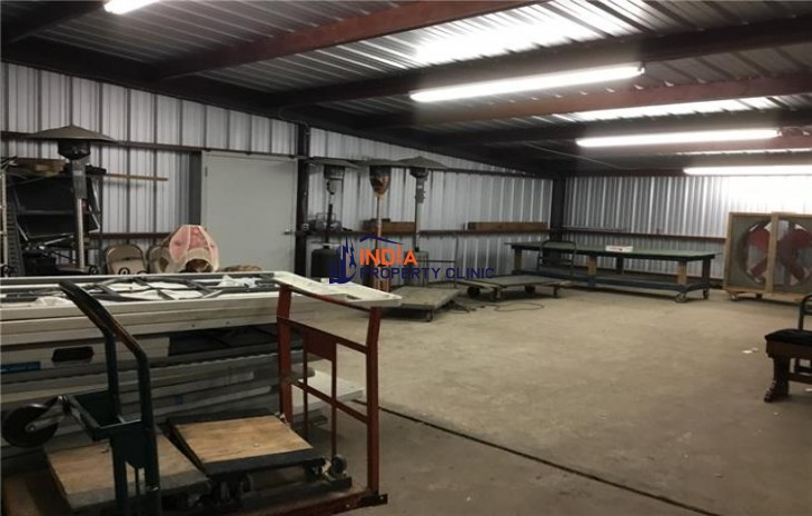 Warehouse For Sale in Cresson