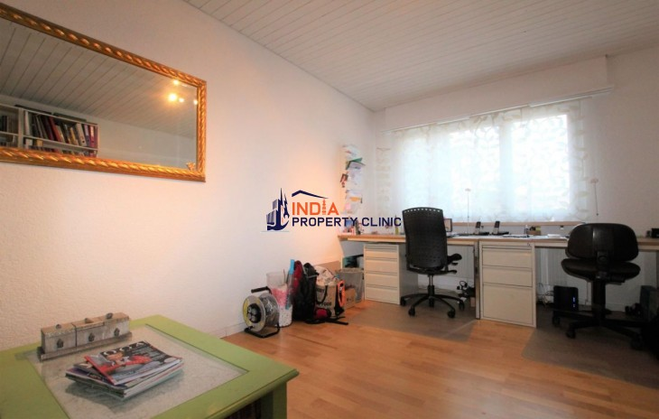 Building For Sale in Lausen