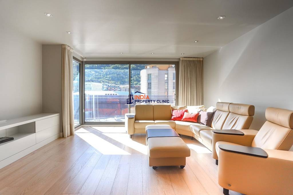5 bedroom luxury Flat for sale in Andorra la Vella
