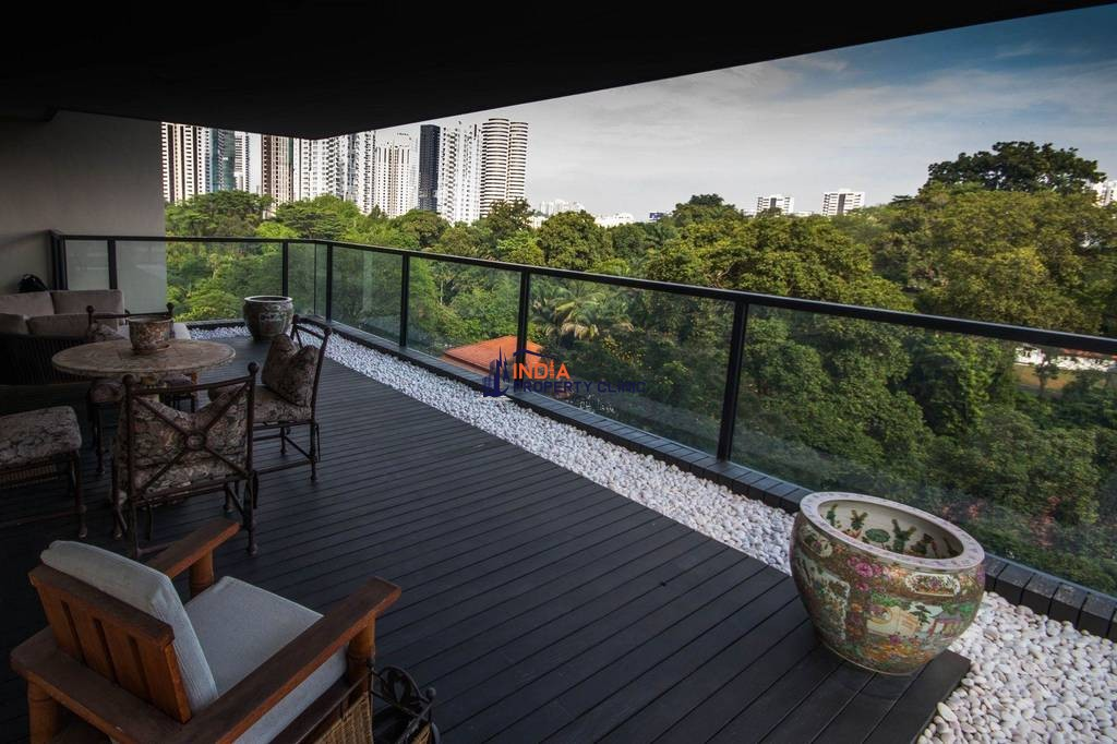 Luxury apartment for sale in Singapore