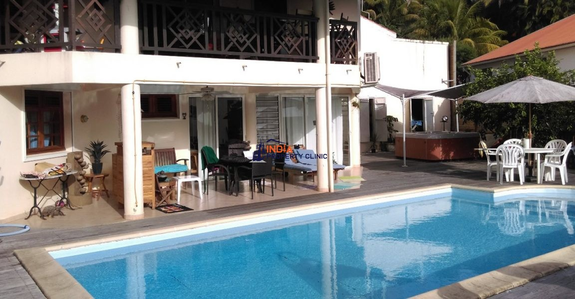 4 Bedroom House for Sale in Le Lamentin