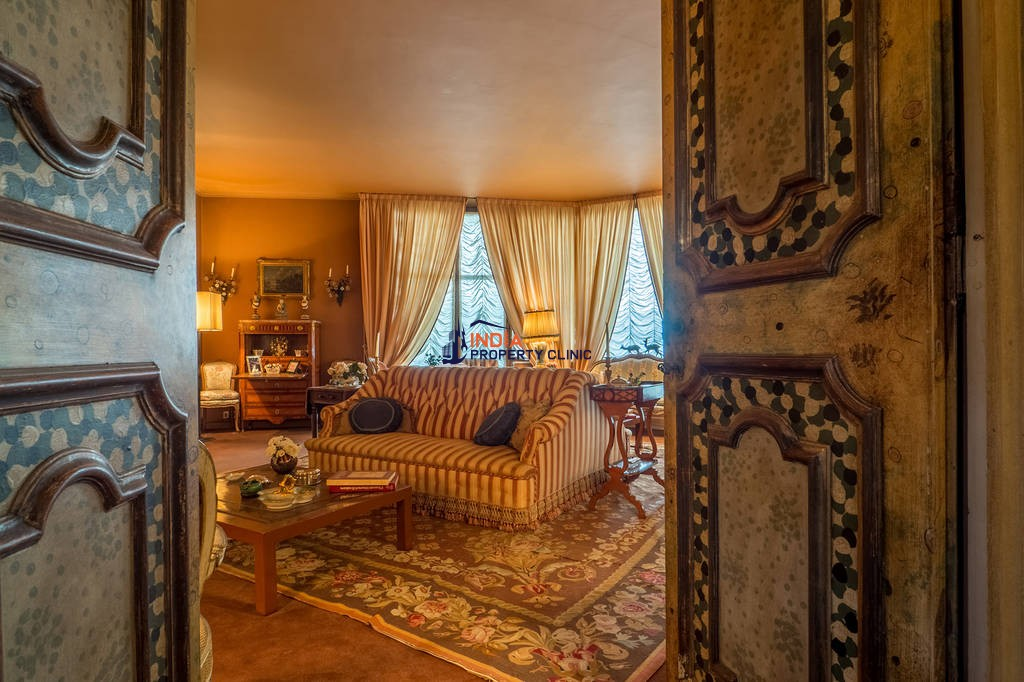 16 room luxury House for sale in Turin