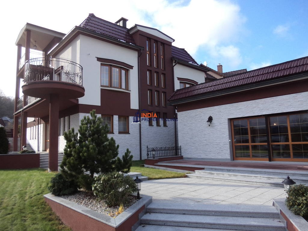 House for sale in Karlovy Vary