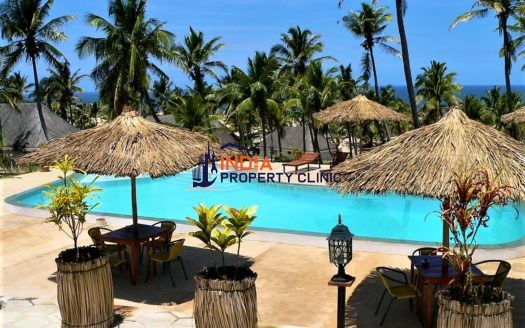 Resort For Sale in Guinjata