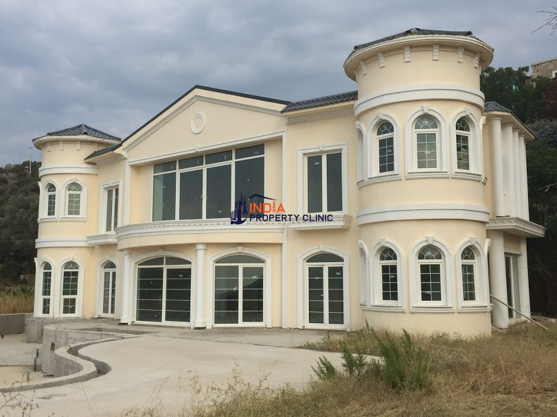 9 room luxury House for sale in Yalikavak