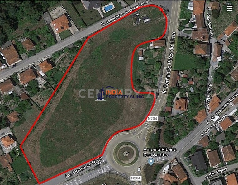Land For Sale in Santo Tirso