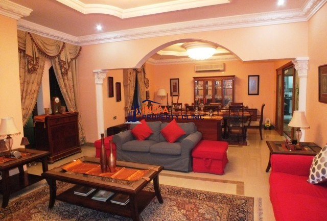 Villa For Sale In Al Maamoura