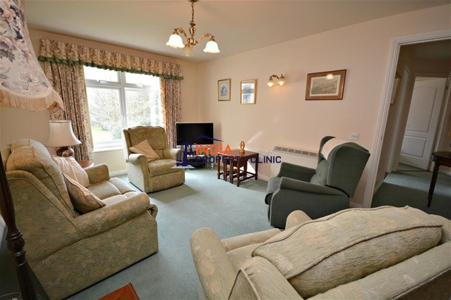 Apartment For Sale in Oaklands Manor  St. Saviour