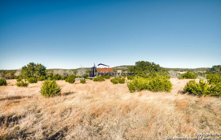 5.55 acres Land for sale in Blanco