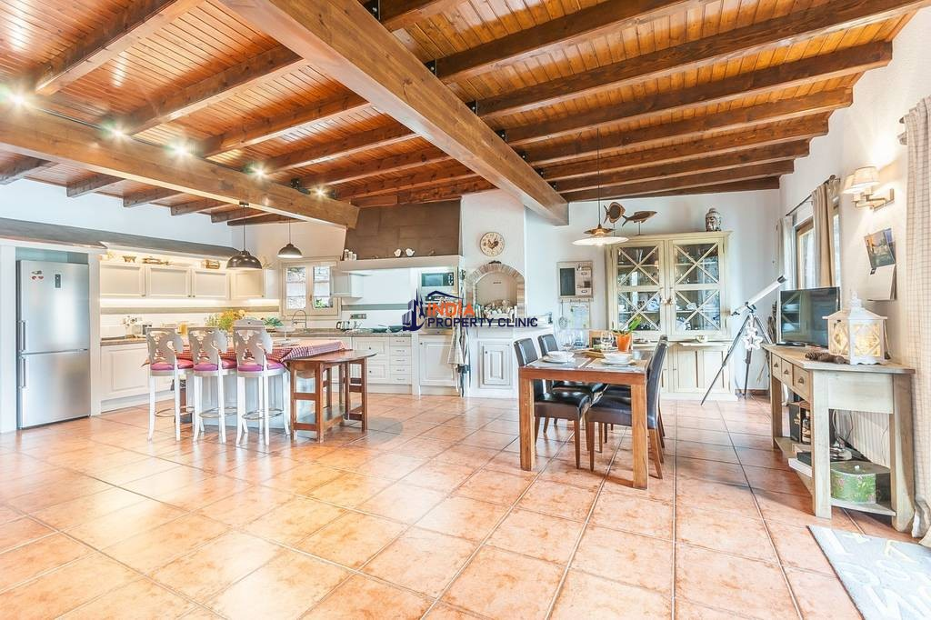 Luxury Detached House for sale in Sispony