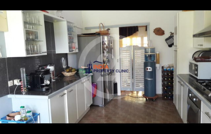 Family Home for Sale in Baie Mahault