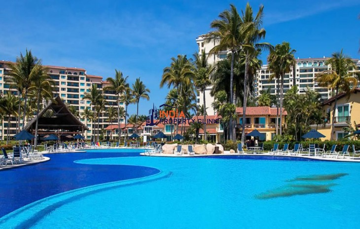 4 Bedroom Beachfront Apartment for Sale in Marina Vallarta