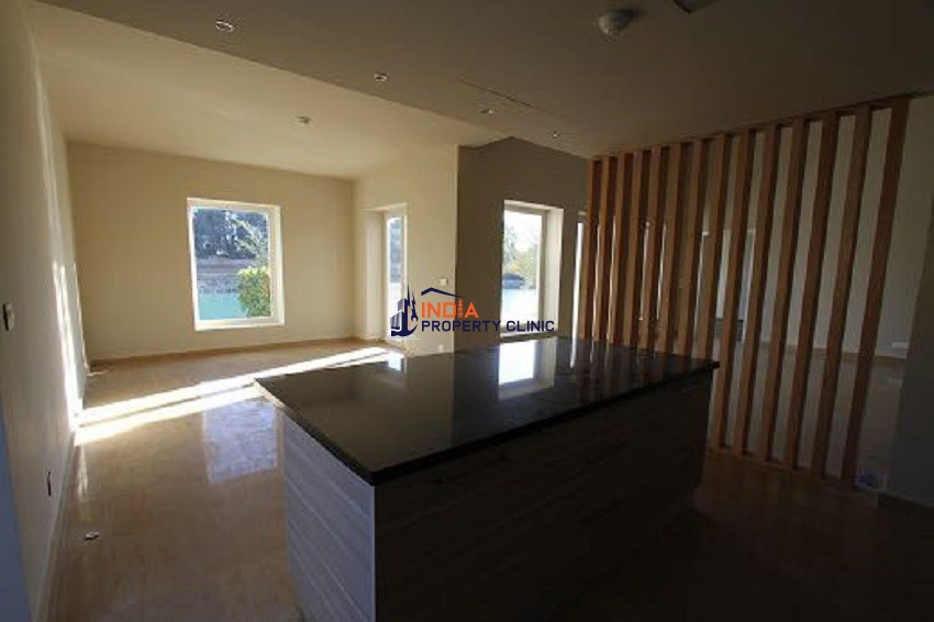 3 bedroom luxury Villa for sale in hill villa