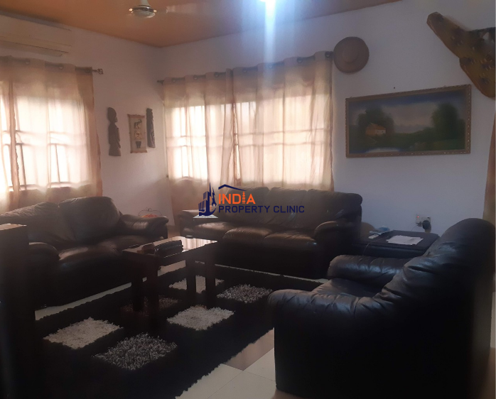 2 Bedroom House For Sale in Kutunse