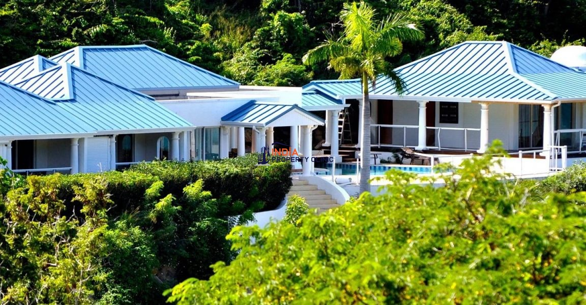 5 Bedroom Home for Sale in Anse Marcel