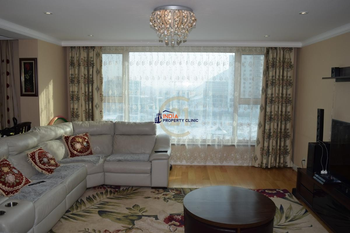 3 bedroom Apartment For Sale in Khan-Uul