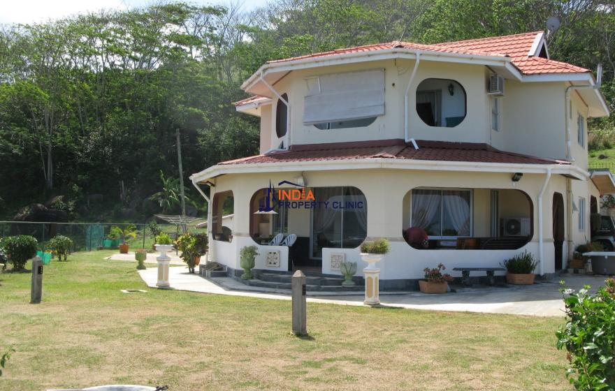 Home For Sale in Anse Royale