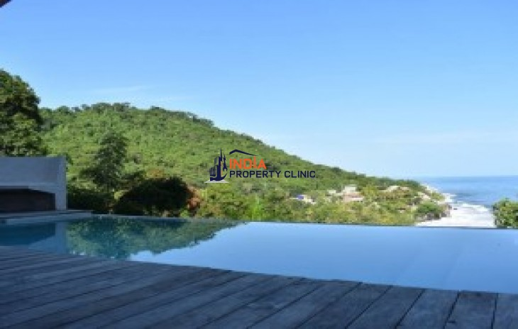 House For Sale in El Sunzal