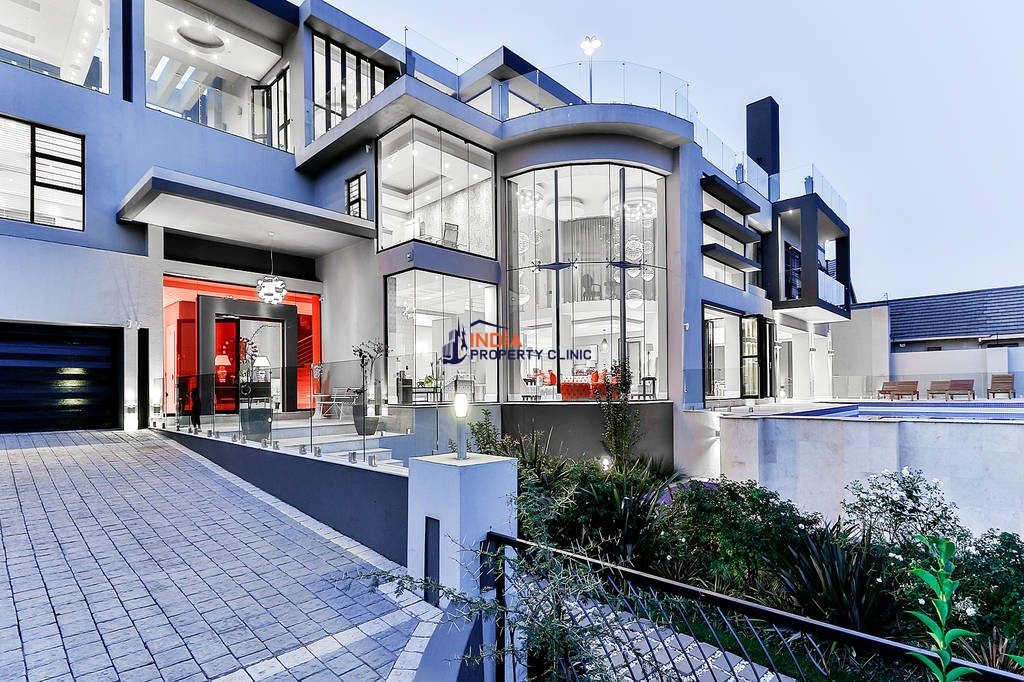 Luxury House for sale in Johannesburg